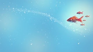 Water bubbles and Gold fish, HD Gold fish wallpapers, Blue water and gold fish swimming