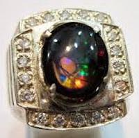 Batu Opal, Sihir dan Khasiatnya