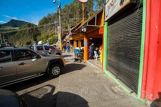 Desayuno en el Alto del Vino. Foto: Jorge Bela