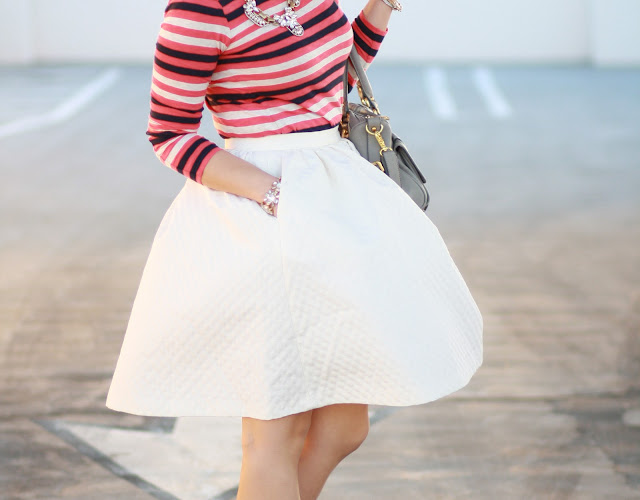simplyxclassic, style, blogger, stripe, jcrew, white skirt, ray ban, dolve vita, asos, grey, full skirt, bubble skirt