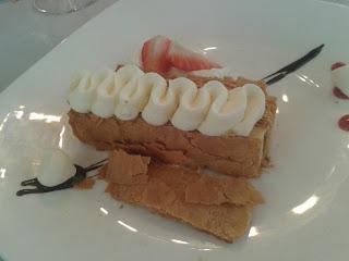 Milhojas de crema de Manu Jara. La Quinta Brasería. El Tapeador: tapas en Sevilla