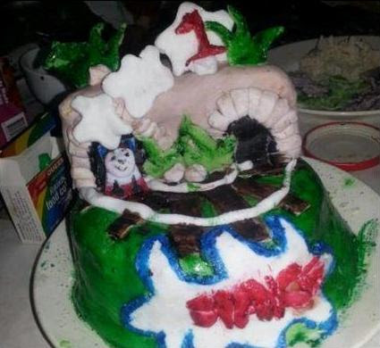 sad cake, ugly background, gross setup