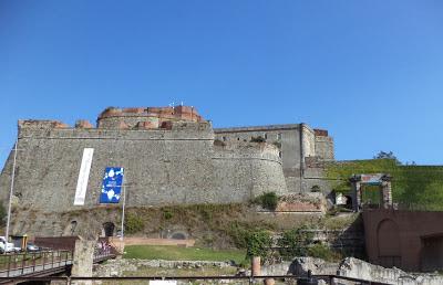 Castillo de Priamar. Savona. Italia. Castillos de Italia. Castillos del mundo