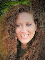 Kat Heckenbach, Author and Artist