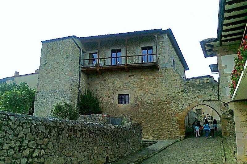 Torre del Preboste en San Vicente de la Barquera