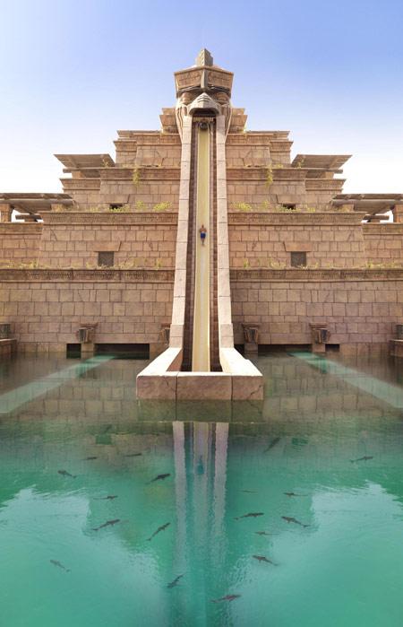 Travel tourism uae atlantis the palm dubai super for Super luxury hotels in dubai