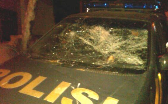 Wanita Spesialis Pencuri Mobil Polisi