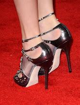 Taylor Swift Feet - Fashion Cranky