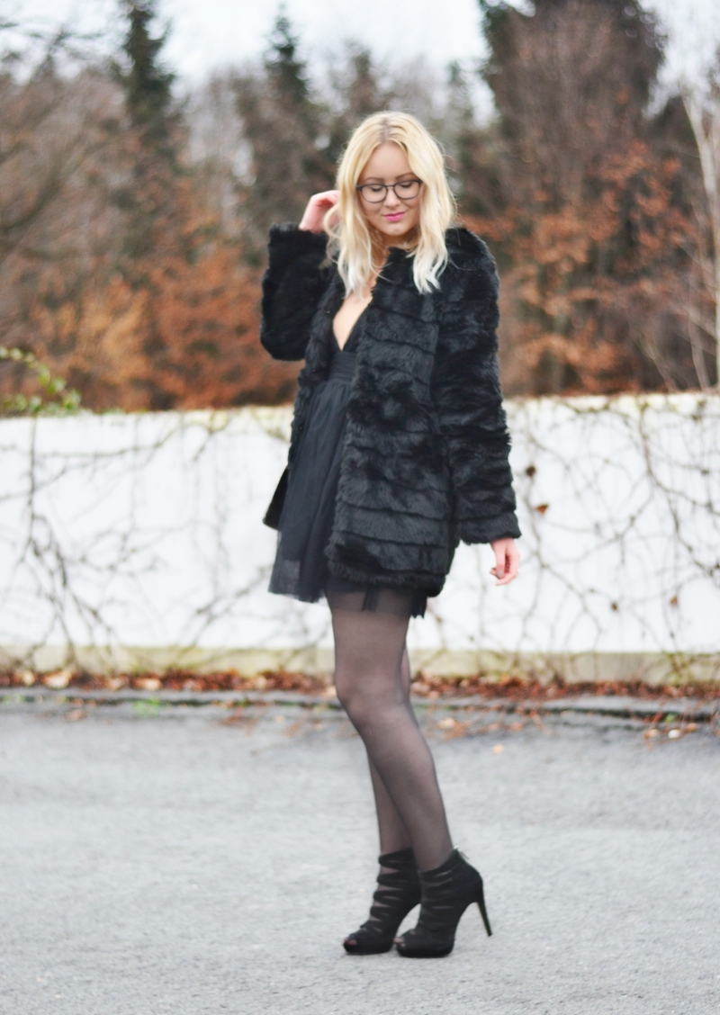 Silvester_Party_Outfit_kleines_Schwarzes