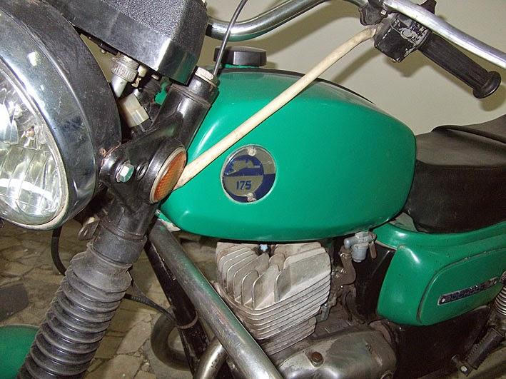 Moto%2B9.jpg