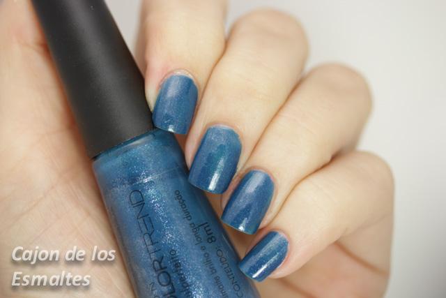 esmalte Avon Colortrend Azul perfecto una capa