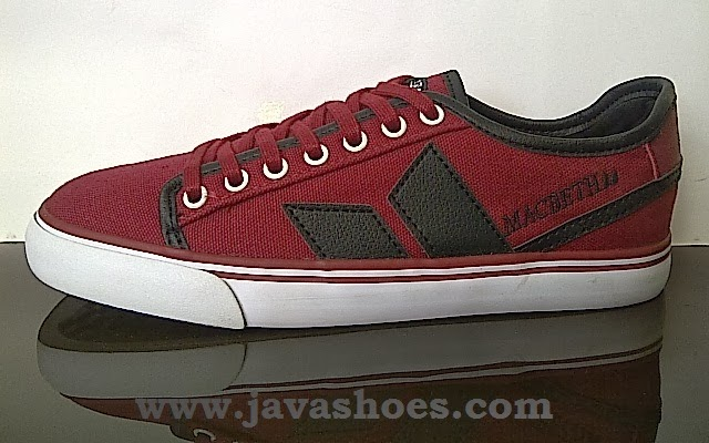 sepatu macbeth james red black original