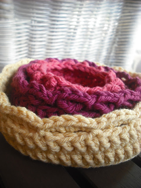 Free Crochet Pattern Newborn Nesting Bowl : Purple Chair Crochet: Nesting Bowl Trio - Free!