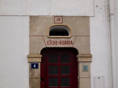 Casa de los Etx...., perdón, Etche-Berria en Ciboure