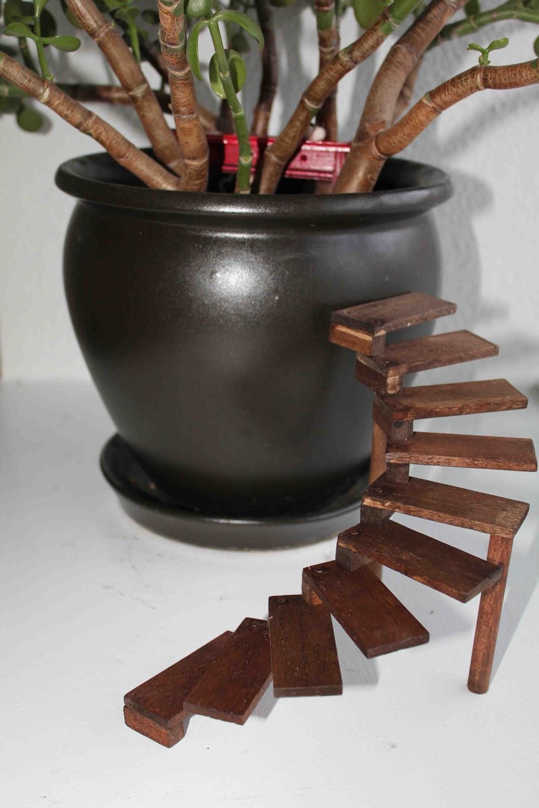 DIY Dollhouse Spiral Stairs