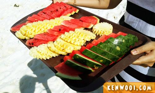 tour fruit platter