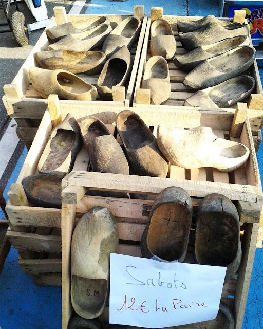 Sabots de bois / Brocante Amiens / Octobre 2015 / Photos Atelier rue verte /