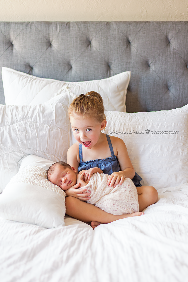 eugene springfield oregon newborn and sibling photography