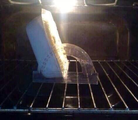 Pie in oven at 140 degrees