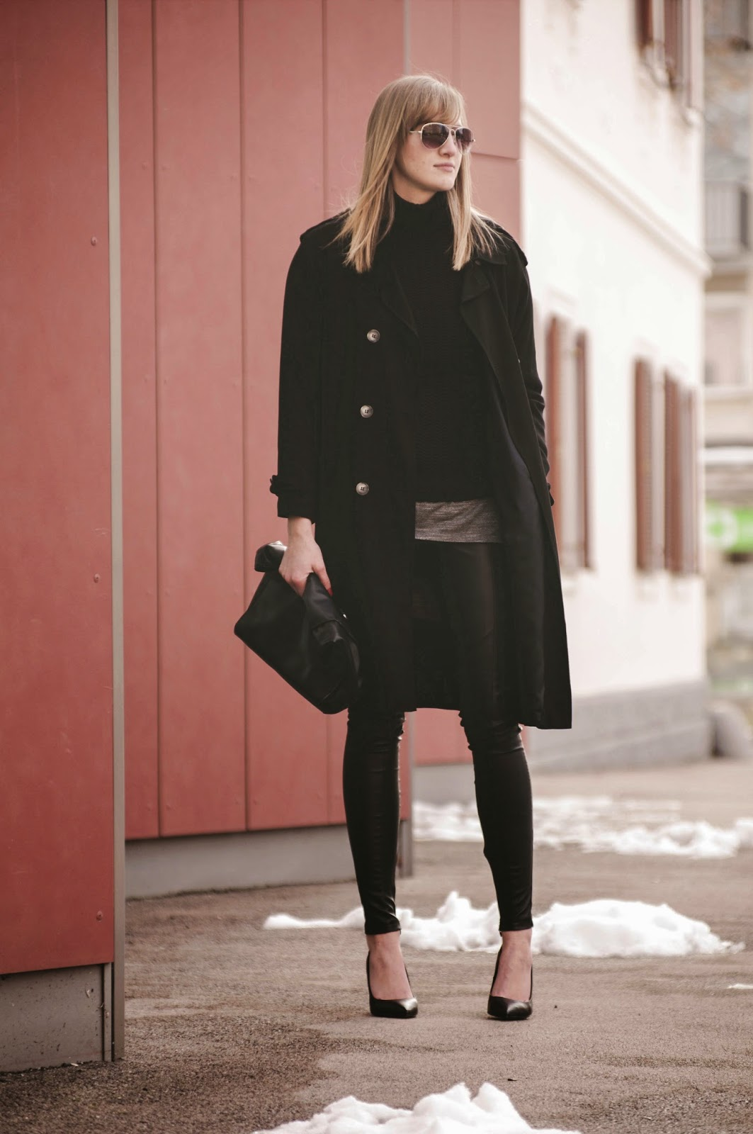 all black outfit, layering outfit, long trench coat topshop, topshop leather pants, aviator sunglasses promod, black turtleneck sweater,  pointy court heels bershka, style blog blogger, fashion blogger