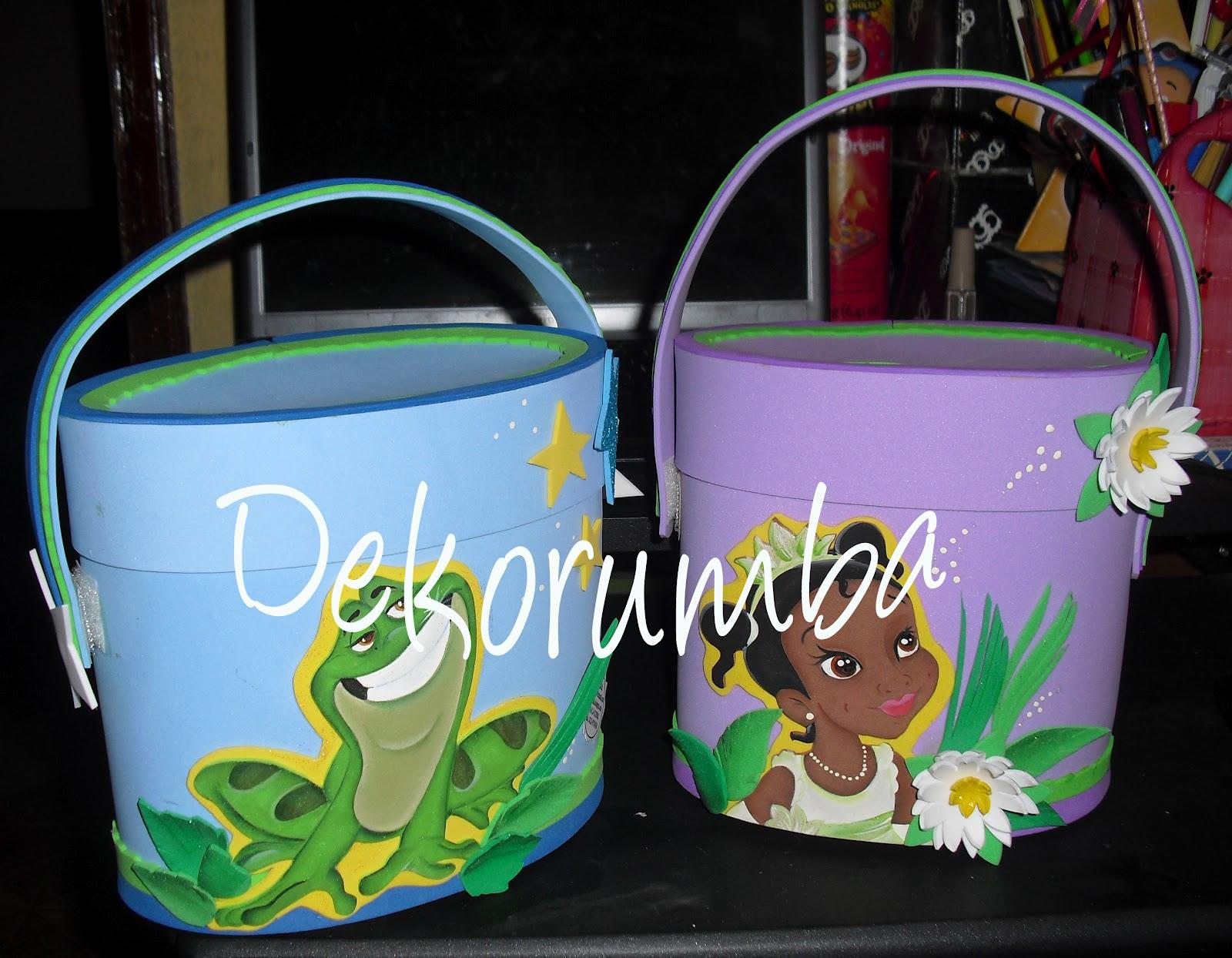 Dekorumba: Nuevos modelos - Cotillones de La Princesa y El Sapo