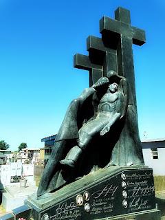 Jazigo da Família Goulart. Cemitério Jardim da Paz, São Borja.