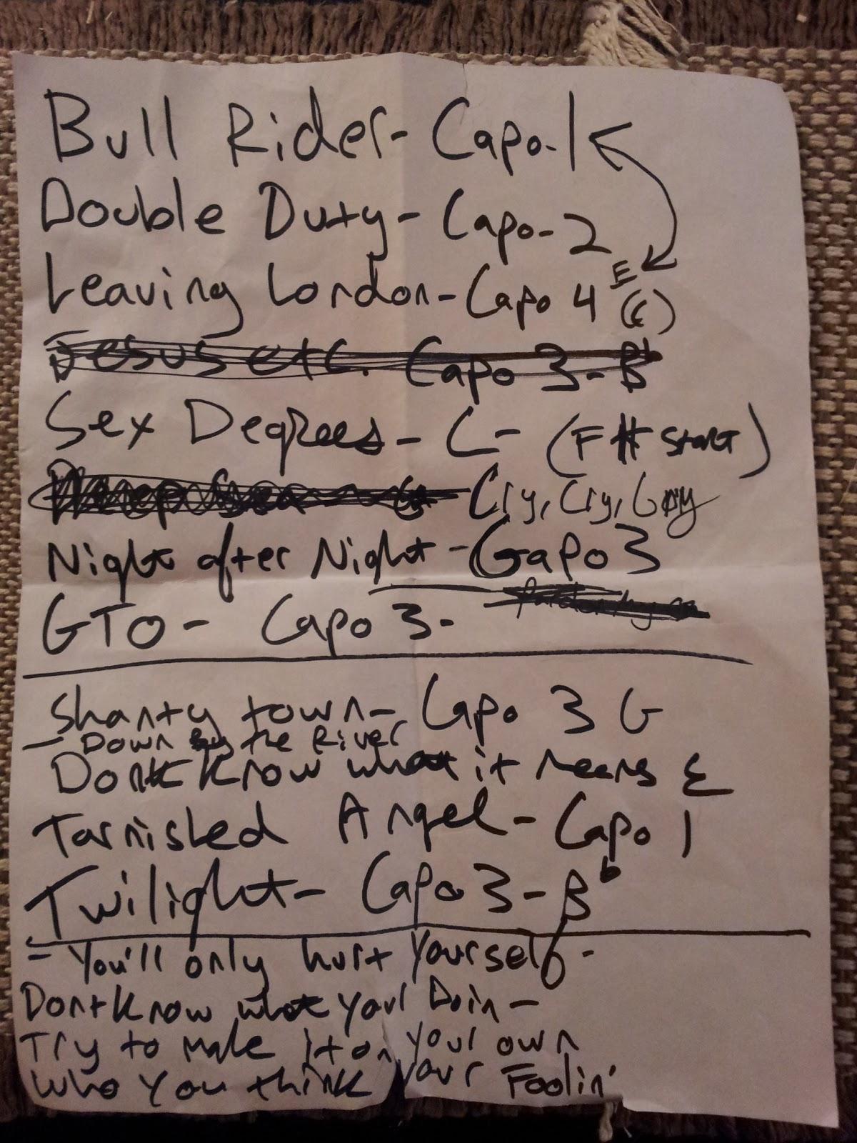 http://2.bp.blogspot.com/-vEhVWLS_svY/UPxlIabBZgI/AAAAAAAAM6k/cicFV3tmPGY/s1600/pussnboots-set-list-norah-jones.jpg