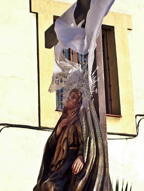 Paso de la Consolación de María. Cofradía de Nuestra Señora de las Angustias y Soledad. León. Foto G. Márquez.