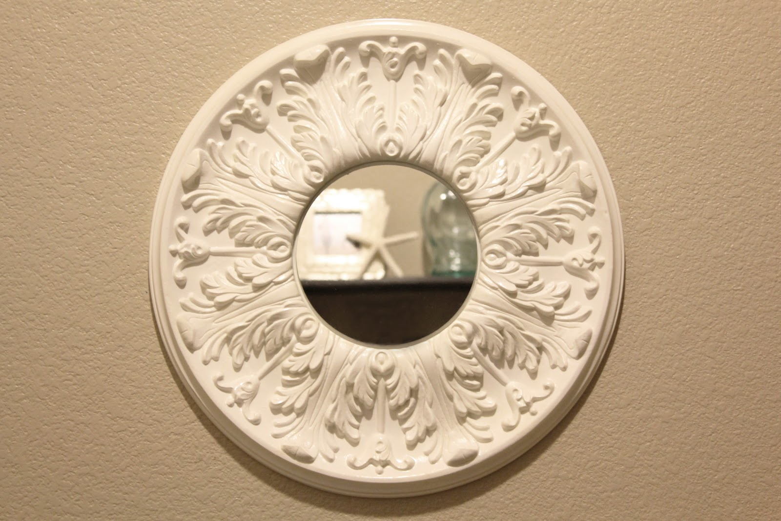 Fit Crafty Stylish And Happy Ceiling Medallion Mirror How To Wire A Rose In Simple Steps Craftomaniac