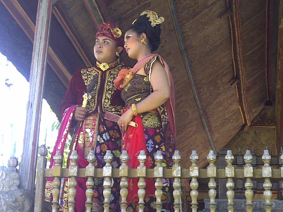 Novios balineses, Bali, vuelta al mundo, round the world, La vuelta al mundo de Asun y Ricardo