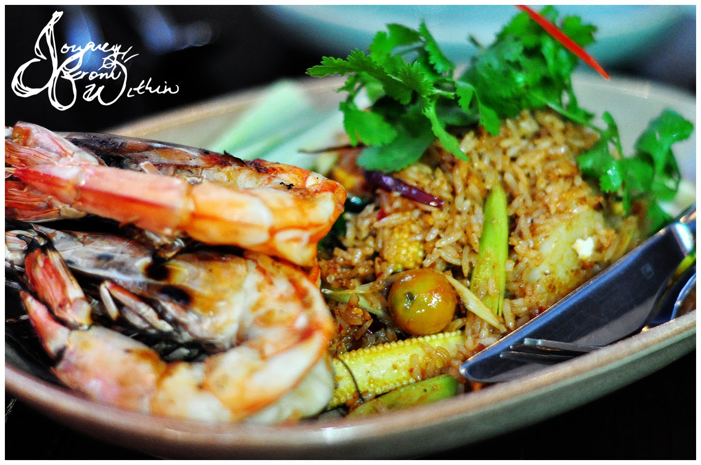 bo larn thai tom yum fried rice