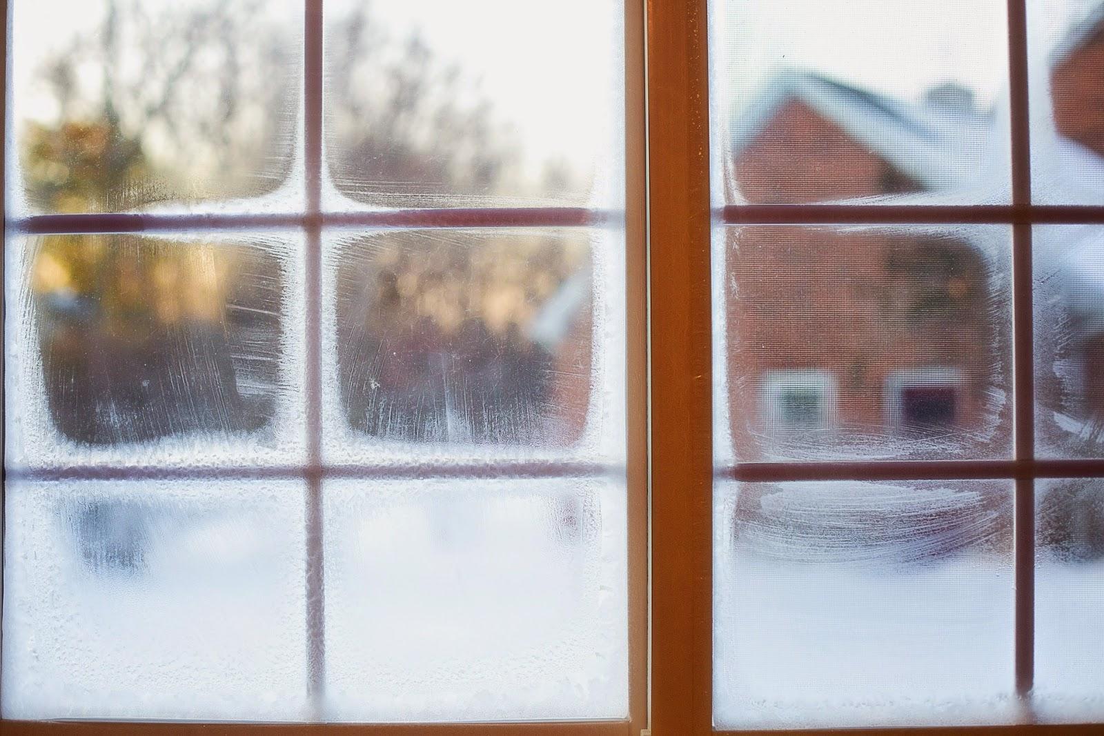 Как сделать мороз на окнах
