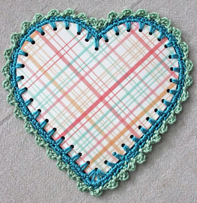 free crochet pattern paper heart with crochet edge
