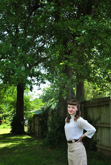 Flashback Summer: Edwardian Bettie Bangs- pigeon breast Gibson girl shirt, victory rolls, early 1900s