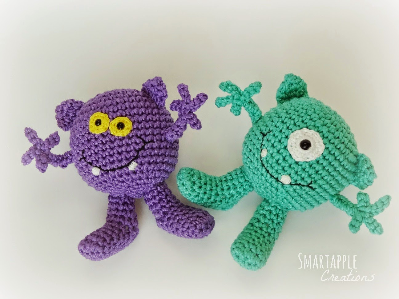 Amigurumi En Monsters : Smartapple Creations - amigurumi and crochet: Little ...