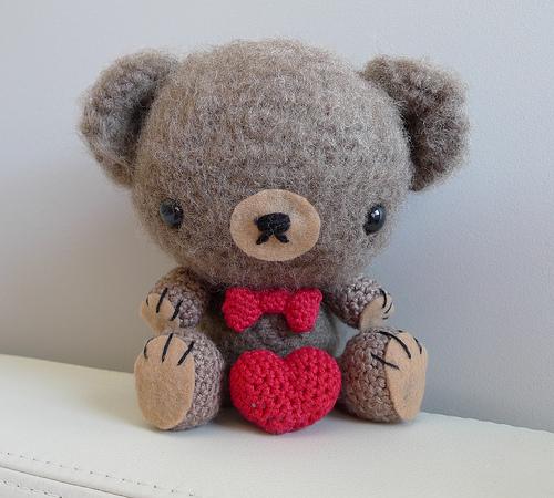Ursinho de crochê para o dia dos namorados - passo a passo