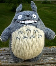 http://www.ravelry.com/patterns/library/o-totoro