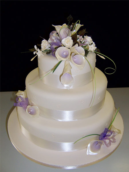 Cake Designs For Wedding : Bridal Wedding Dresses: Modern wedding cake design pictures