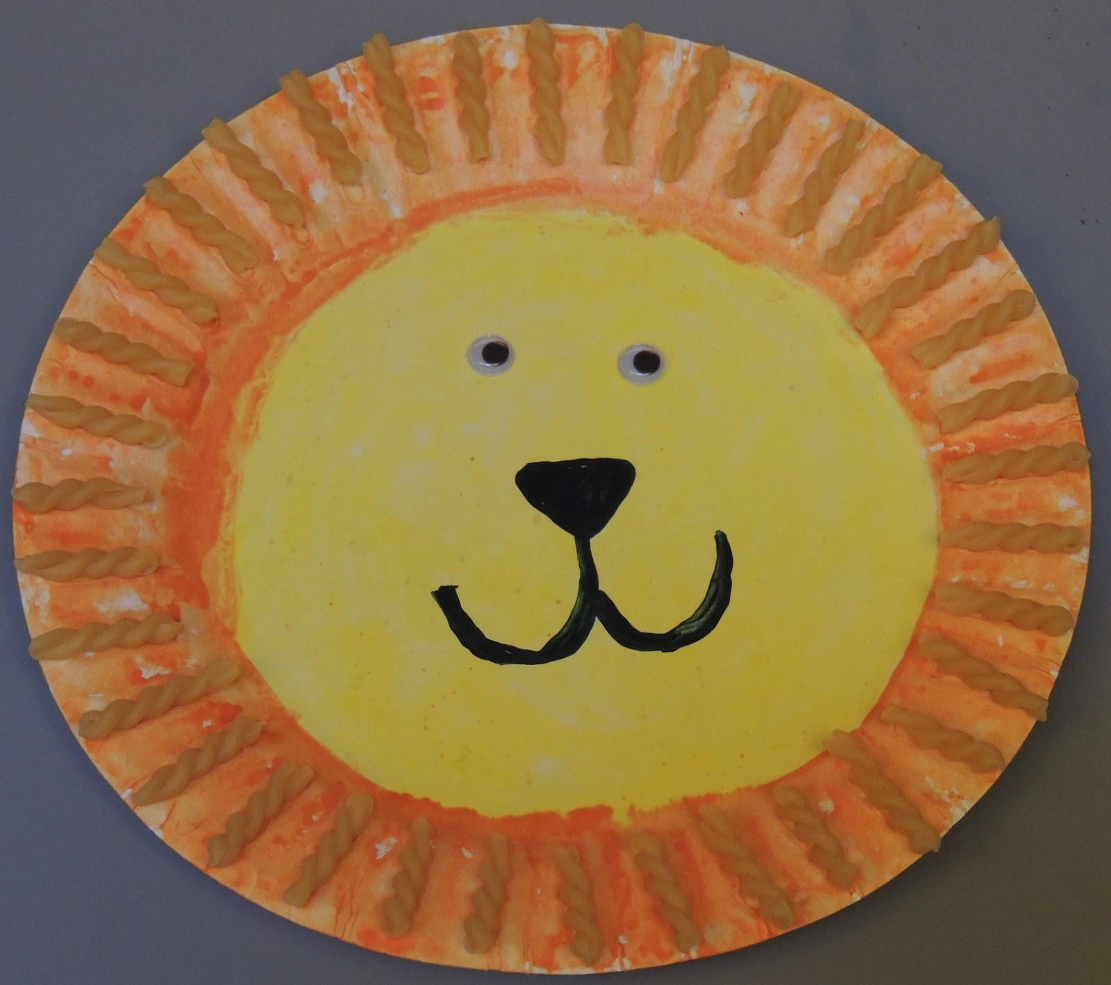 Paper Plate Lion & Child Care Basics Resource Blog: Paper Plate Lion