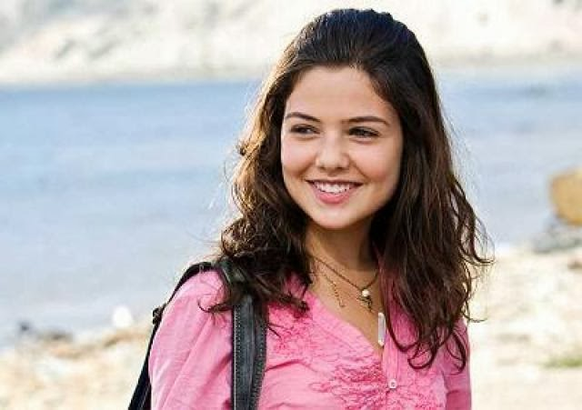 Danielle Campbell Pictures Danielle Campbell Wallpapers Danielle