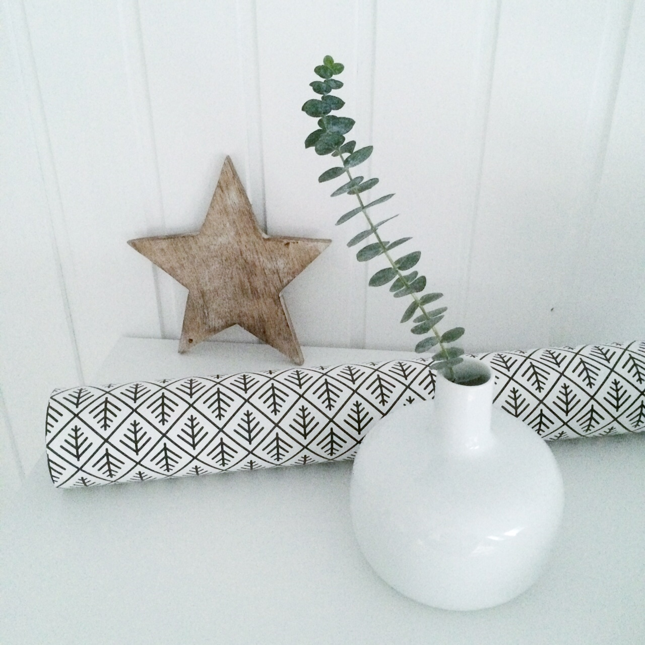 xmas decoration simple, pure