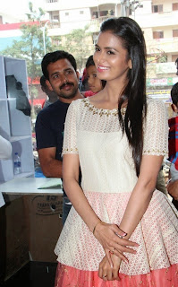 Actress Meenakshi Dixit Latest Pictures at Yes Mart Launch  32.jpg