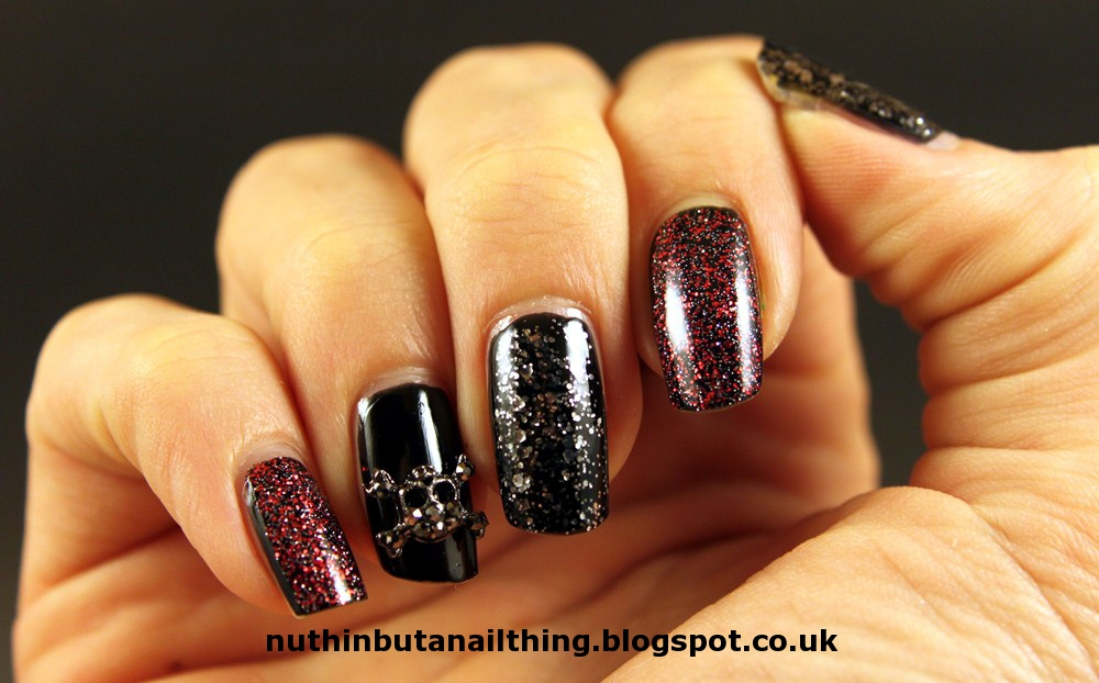 nuthin\' but a nail thing: Nail adornments and sparkles