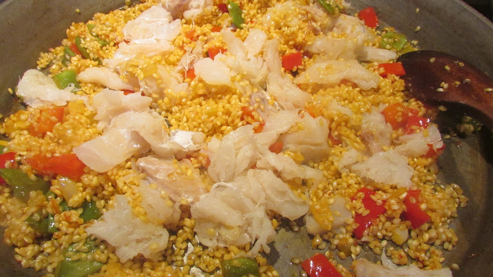 Menuda gachamiga arroz con bacalao y verduras bien rico - Arroz con bacalao desmigado ...
