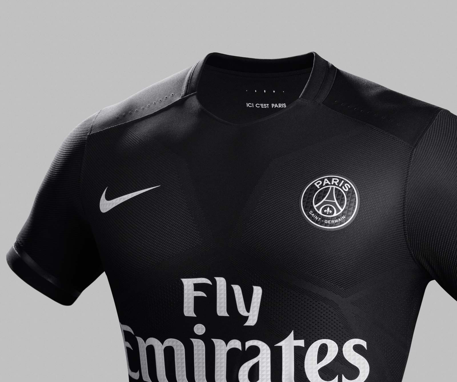 Paris saint germain 15 16 champions league home kit for Maillot exterieur psg