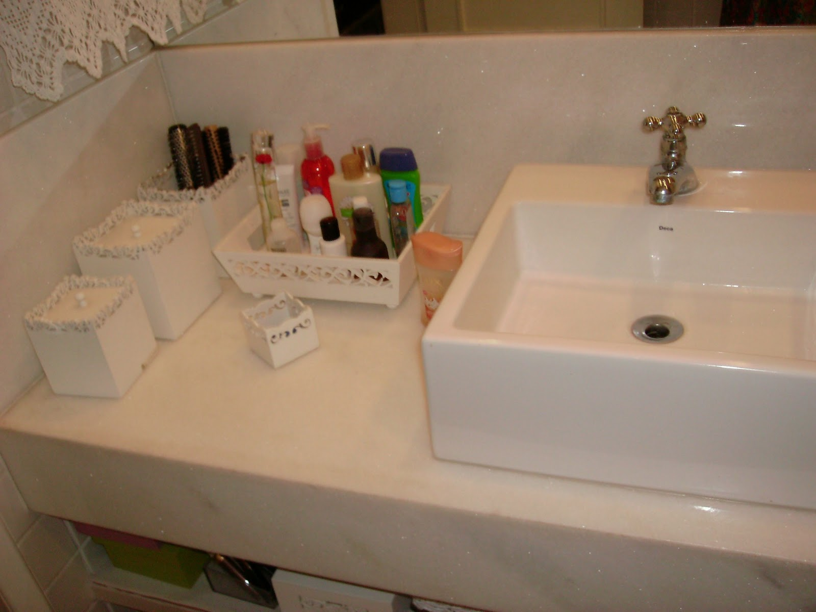 aqui o banheiro social onde optei por uma cor tradicional:o bege. #265E10 1600 1200