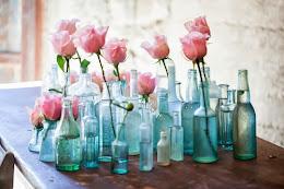 Rosas embotelladas.