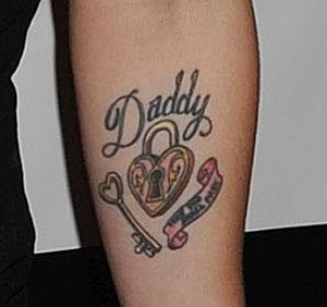 tattooz designs father daughter tribute girls tattoos. Black Bedroom Furniture Sets. Home Design Ideas