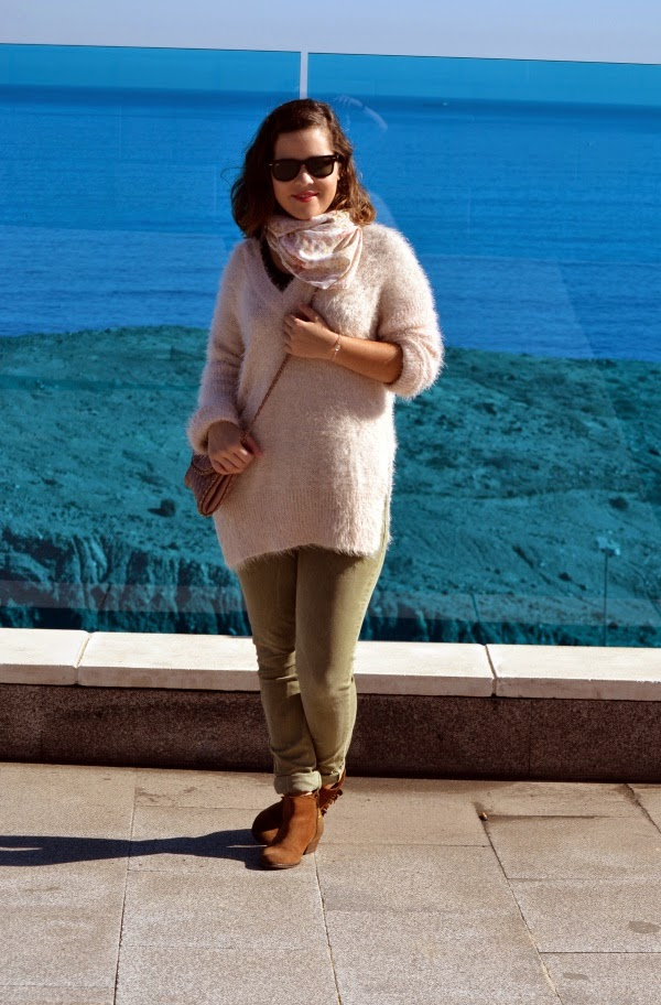 look_outfit_botines_DIY_purpurina_jersey_pelo_lolalolailo_03
