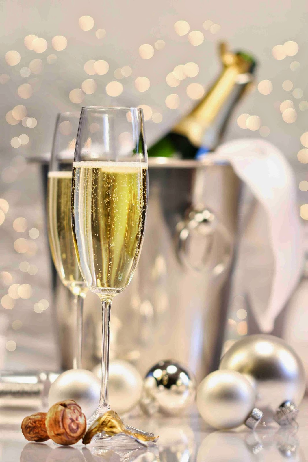 champagne_is_perfect_for_parties_and_events